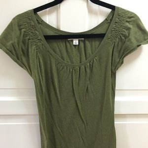 Olive green knit short sleeve shirt